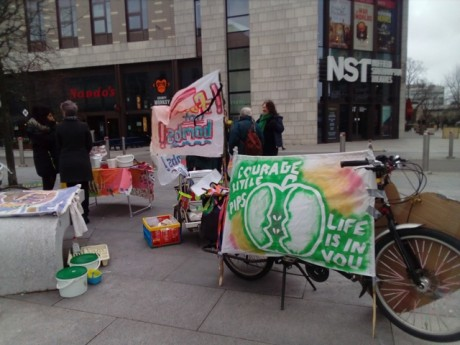 Courage Little Pips, Youth Cimate Strike with Food not Bombs